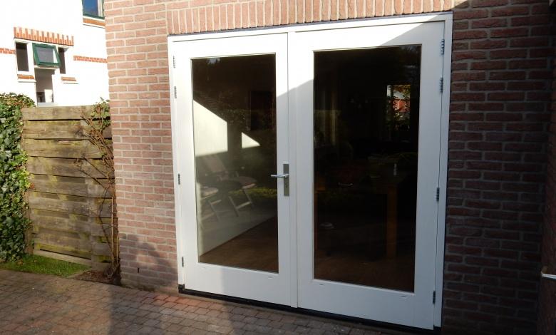 Kozijn met openslaande deuren bouwstudio koster